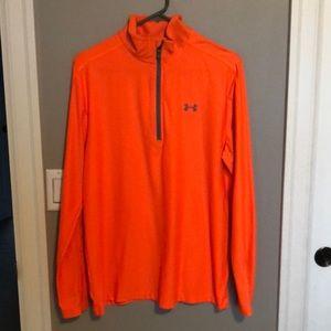 Men's Under Armour shirt size medium